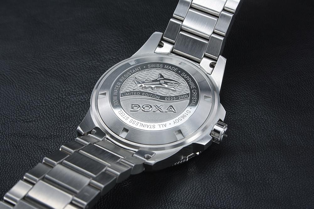ea5f16f16 DOXA D196SGY +Doručenie do 24h Zdarma | HODINKY.SK | hodinky, šperky ...